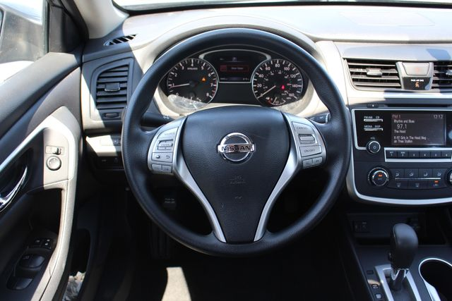 2017 Nissan Altima 2.5 S in Memphis, Tennessee 38115