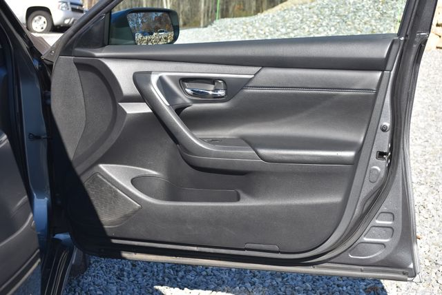 2017 Nissan Altima 2.5 SR Naugatuck, Connecticut 3