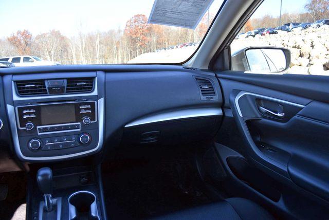 2017 Nissan Altima 2.5 SR Naugatuck, Connecticut 9