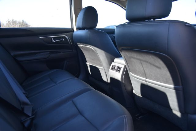 2017 Nissan Altima 3.5 SL Naugatuck, Connecticut 10
