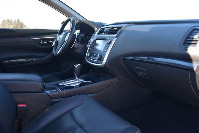 2017 Nissan Altima 3.5 SL Naugatuck, Connecticut 8