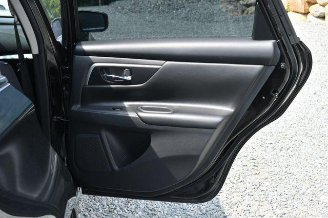 2017 Nissan Altima 2.5 SR Naugatuck, Connecticut 11