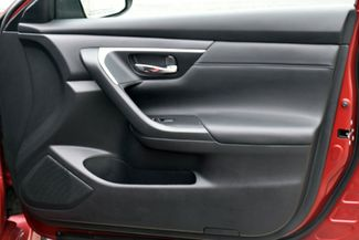 2017 Nissan Altima 2.5 SR Waterbury, Connecticut 19