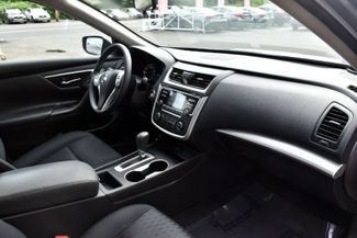 2017 Nissan Altima 2.5 S Waterbury, Connecticut 17