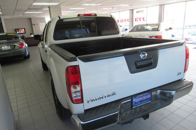 2017 Nissan Frontier SV V6 Chicago, Illinois 8