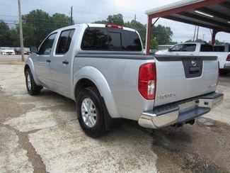 2017 Nissan Frontier SV V6 Crew Cab 4x4 Houston, Mississippi 5