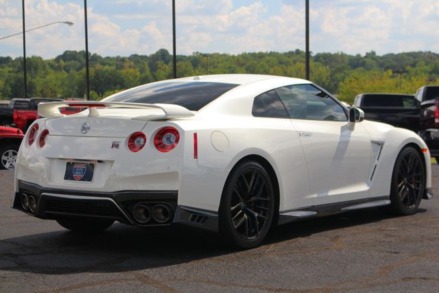 2017 Nissan GT-R Premium Edition AWD - RED AMBER LEATHER - 195 MPH! Mooresville , NC 26