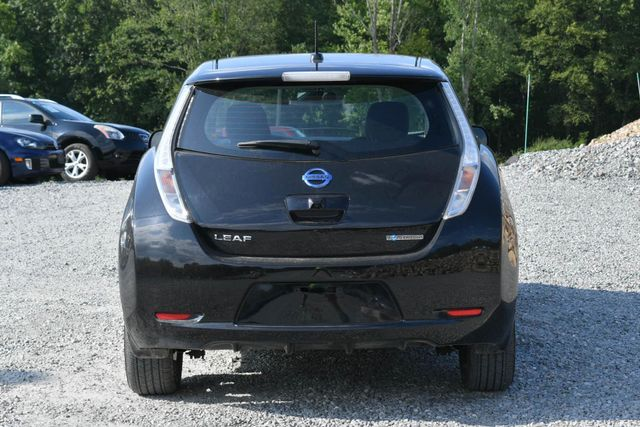 2017 Nissan LEAF SV Naugatuck, Connecticut 3