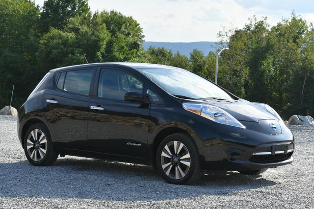 2017 Nissan LEAF SV Naugatuck, Connecticut 6