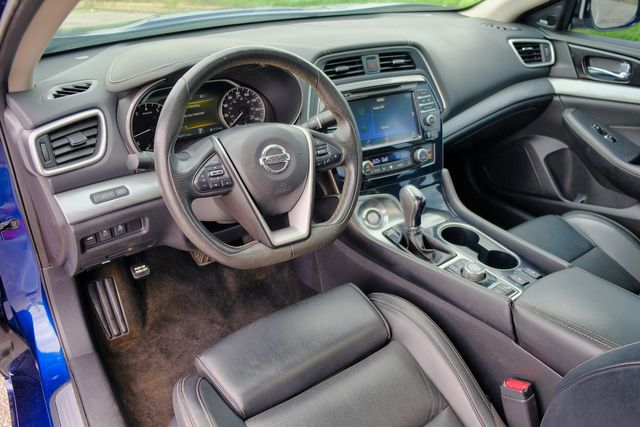 2017 Nissan Maxima SL PANO ROOF NAVIGATION LEATHER SEATS in Memphis, Tennessee 38115