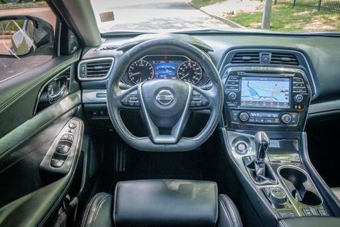 2017 Nissan Maxima SL | Memphis, Tennessee | Tim Pomp - The Auto Broker in Memphis, Tennessee