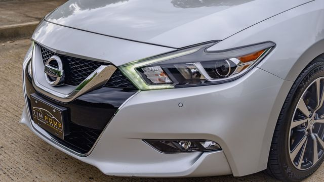 2017 Nissan Maxima SV LEATHER SEATS NAVIGATION BACK UP CAMERA in Memphis, TN 38115