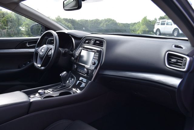 2017 Nissan Maxima S Naugatuck, Connecticut 8