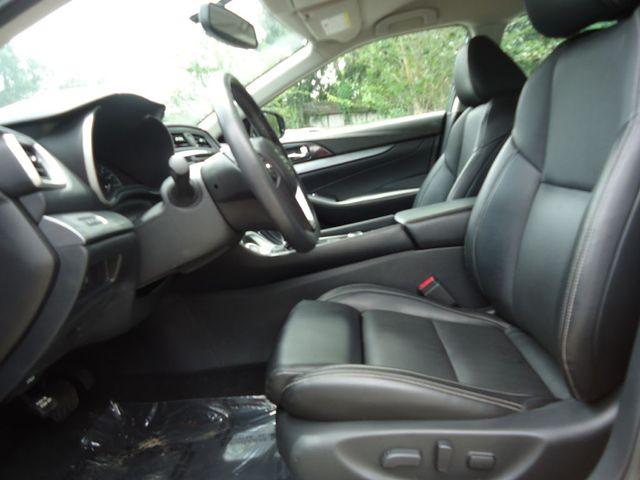 2017 Nissan Maxima SV LEATHER. NAVIGATION. HEATED SEATS SEFFNER, Florida 4