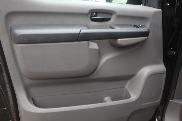 2017 Nissan NV Passenger SV Houston, Texas 18