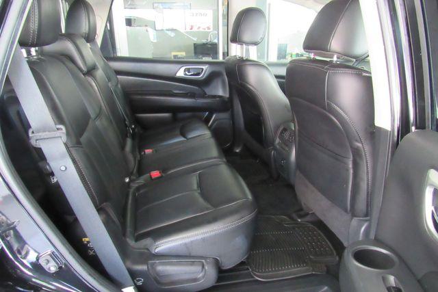 2017 Nissan Pathfinder SL Chicago, Illinois 9