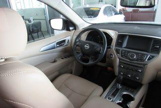 2017 Nissan Pathfinder SL Chicago, Illinois 19