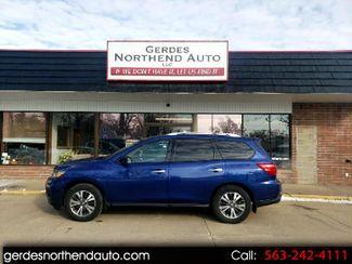 2017 Nissan Pathfinder SL in Clinton, Iowa 52732
