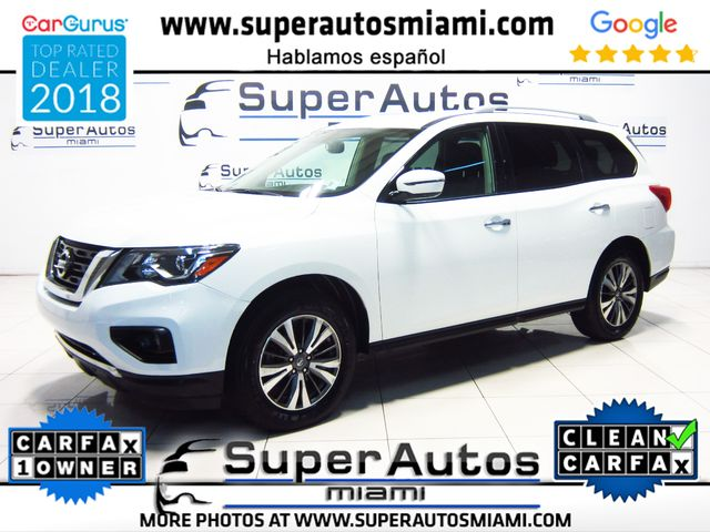 2017 Nissan Pathfinder SV AWD with 3rd Row Seats