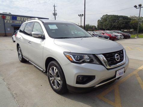 2017 Nissan Pathfinder SV in Houston