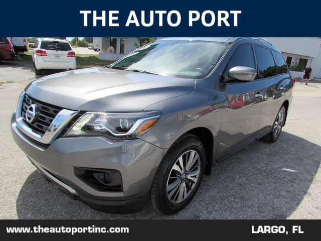 2017 Nissan Pathfinder S in Largo, Florida 33773