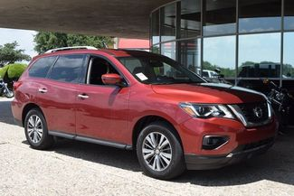 2017 Nissan Pathfinder SL in McKinney Texas, 75070
