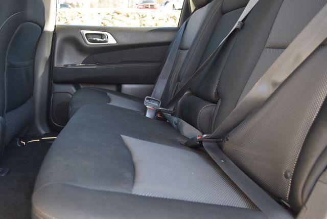 2017 Nissan Pathfinder S Naugatuck, Connecticut 15