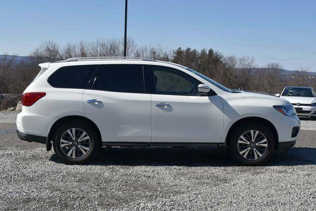 2017 Nissan Pathfinder S Naugatuck, Connecticut 5