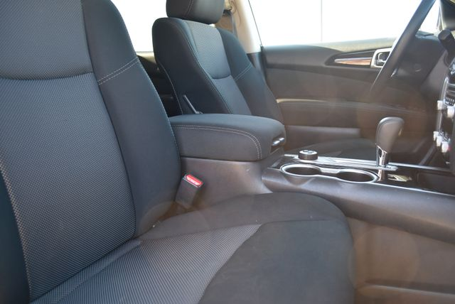 2017 Nissan Pathfinder S Naugatuck, Connecticut 8