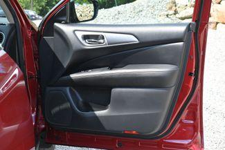 2017 Nissan Pathfinder SL Naugatuck, Connecticut 10