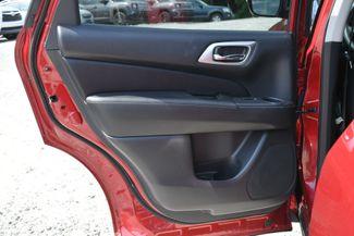 2017 Nissan Pathfinder SL Naugatuck, Connecticut 13