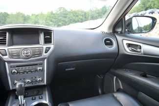 2017 Nissan Pathfinder SL Naugatuck, Connecticut 19