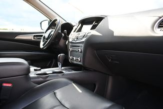 2017 Nissan Pathfinder SL Naugatuck, Connecticut 8