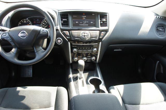 2017 Nissan Pathfinder S in San Antonio, TX 78233