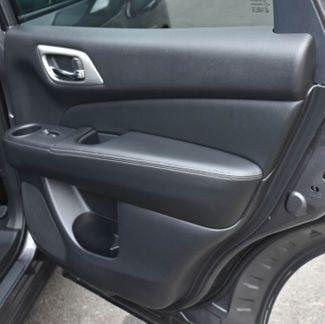 2017 Nissan Pathfinder SL Waterbury, Connecticut 26