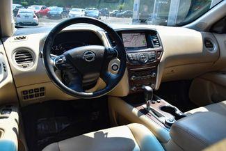 2017 Nissan Pathfinder Platinum Waterbury, Connecticut 15