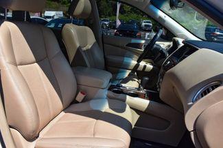 2017 Nissan Pathfinder Platinum Waterbury, Connecticut 23