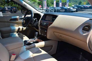 2017 Nissan Pathfinder Platinum Waterbury, Connecticut 24