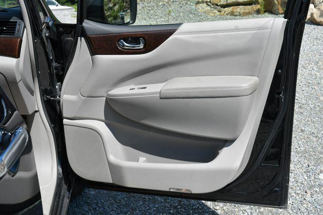 2017 Nissan Quest SV Naugatuck, Connecticut 11
