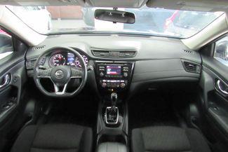 2017 Nissan Rogue SV Chicago, Illinois 10