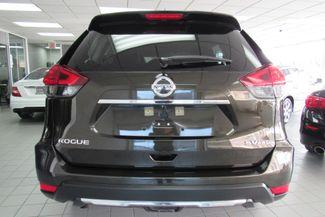 2017 Nissan Rogue SV Chicago, Illinois 4