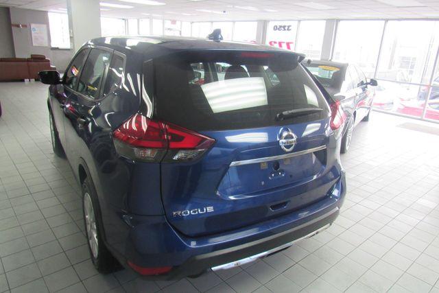 2017 Nissan Rogue S Chicago, Illinois 4