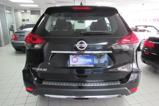 2017 Nissan Rogue S Chicago, Illinois 5