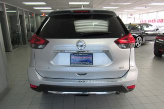 2017 Nissan Rogue SV Chicago, Illinois 4