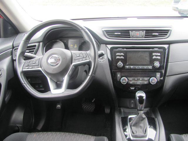 2017 Nissan Rogue SV Dickson, Tennessee 9