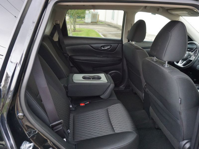 2017 Nissan Rogue SV  city LA  AutoSmart  in Harvey, LA