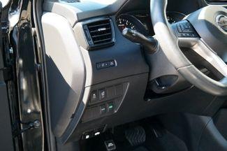 2017 Nissan Rogue SV Hialeah, Florida 11