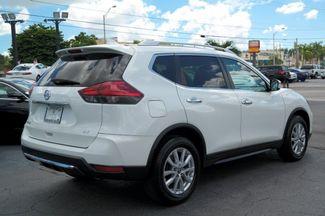 2017 Nissan Rogue SV Hialeah, Florida 3