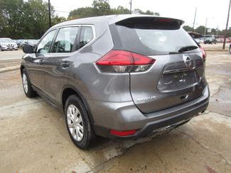 2017 Nissan Rogue S Houston, Mississippi 4