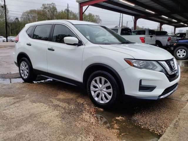 2017 Nissan Rogue S Houston, Mississippi 1